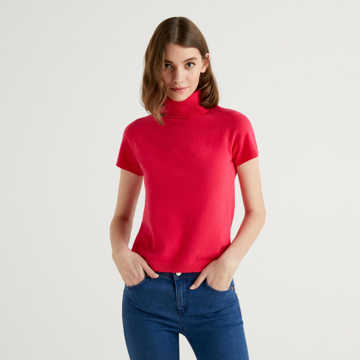 Fuchsia short sleeve turtleneck in cashmere and wool blend