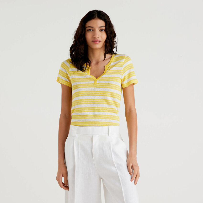 Striped t-shirt with V-neck