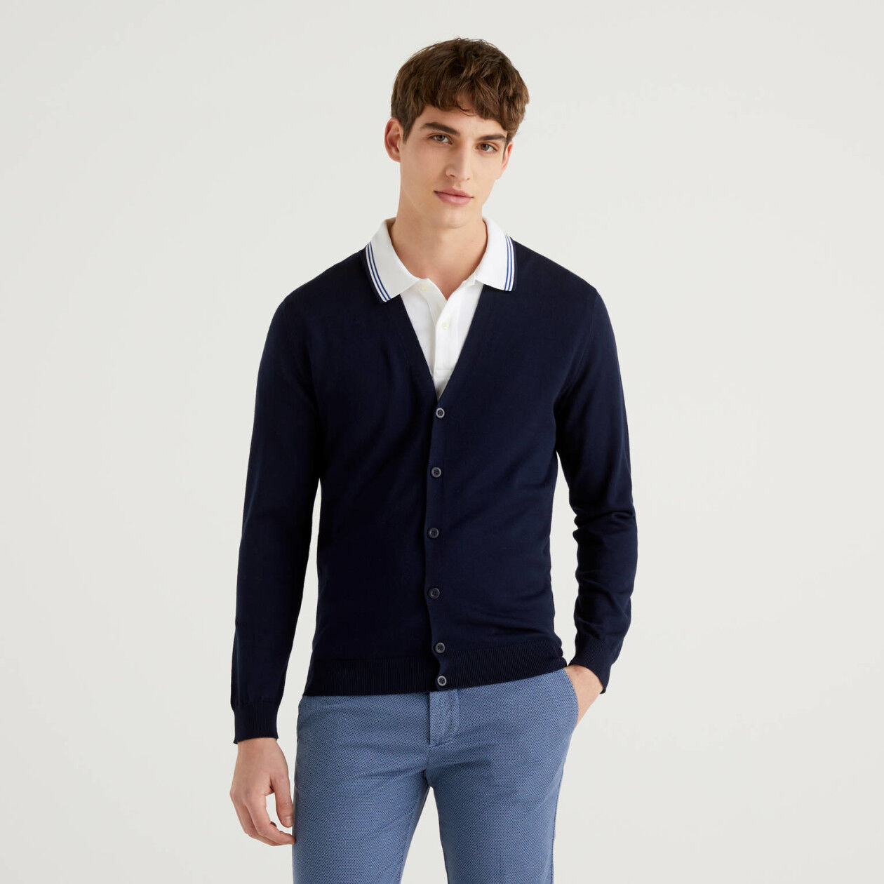 100% cotton V-neck cardigan