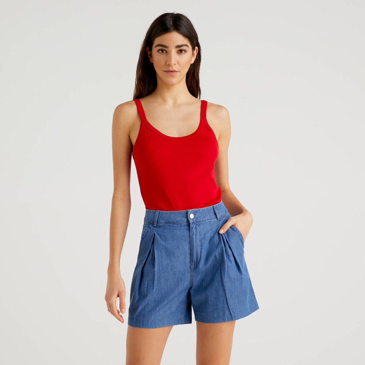 Red tank top in pure cotton