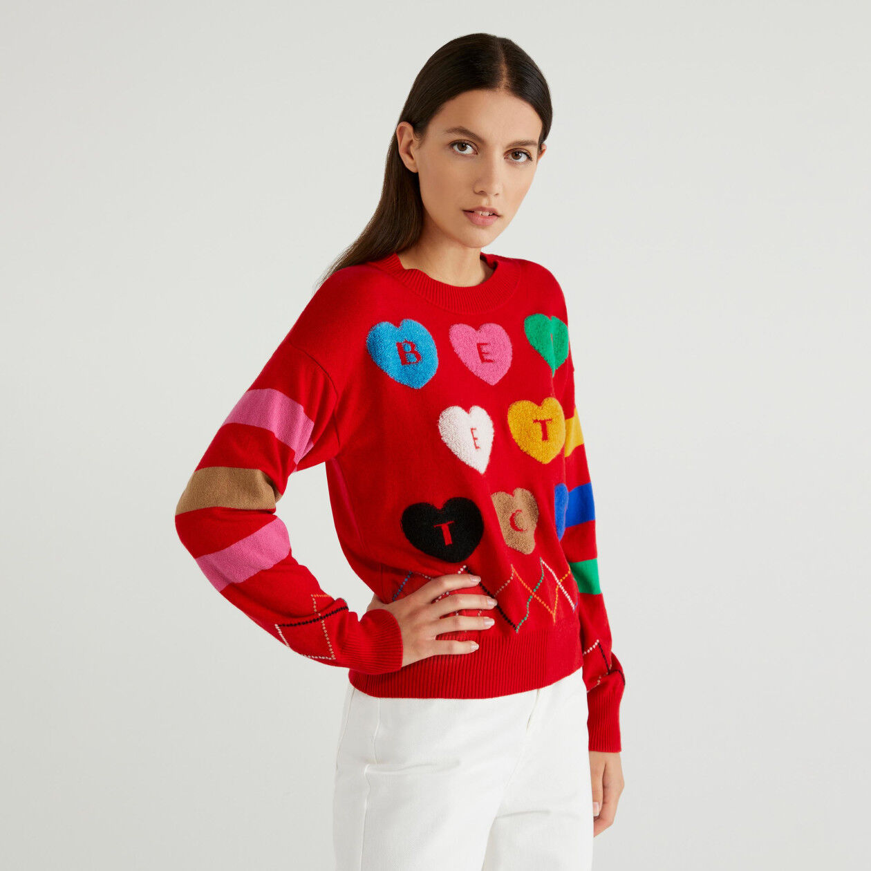 Sweater with inlay and hearts